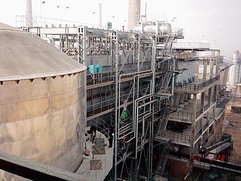 亜鉛電解設備 © MESCO 三井金属エンジニアリング株式会社