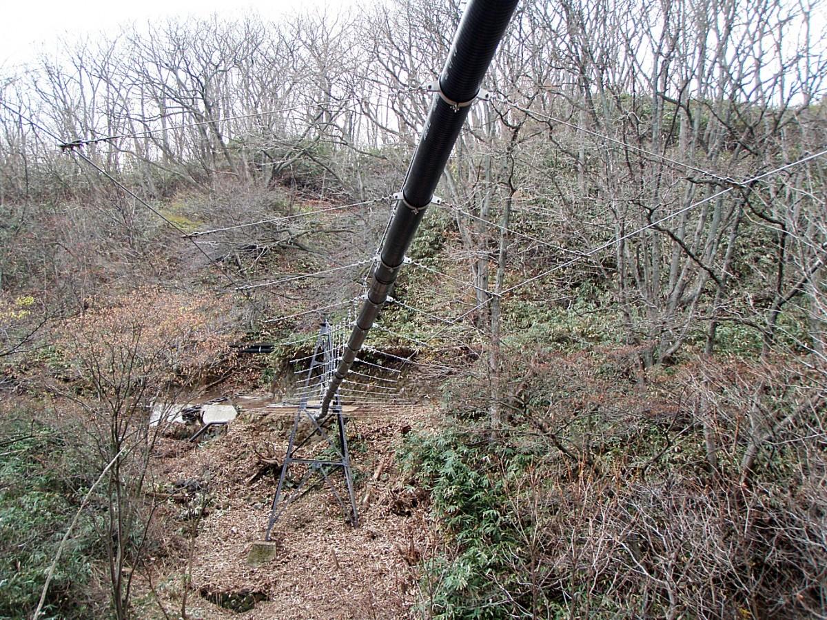 栃木県温泉吊配管工事2 © MESCO 三井金属エンジニアリング株式会社