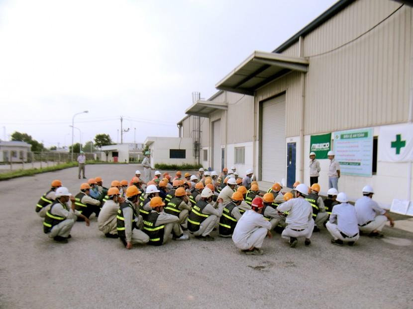 現地工事(安全ミーティング) © MESCO 三井金属エンジニアリング株式会社